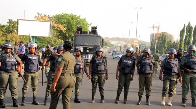 Hundreds of policemen storm BBOG protest ground