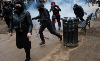 Violent protests break out in Washington after Trump's inauguration