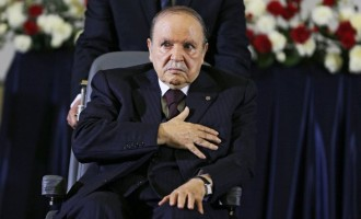 Algerian president agrees to step down