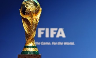 Video assistant referees, fourth substitute approved for World Cup