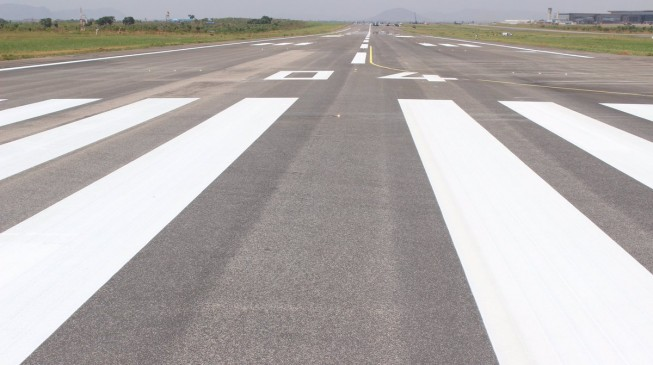 Second Abuja airport runway in 2017 budget, says senate leader