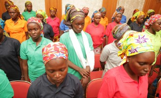 Chibok girls arrive presidential villa to meet Buhari