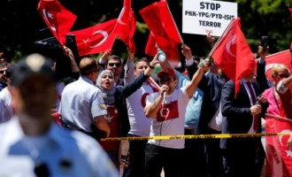 Turkish president watches as his security detail beat up protesters in Washington