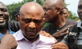 How a policewoman 'facilitated the release' of Evans when he was arrested for robbery