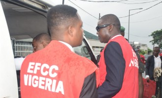 EFCC freezes accounts of Benue government
