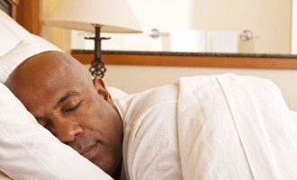 Study: Less than six hours of sleep a night raises risk of heart disease