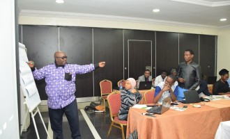 Taiwo Obe: Nigerian politicians never exact on figures — journalists must dig deeper