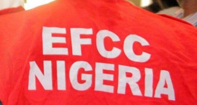EXTRA: EFCC arrests two lecturers 'involved in internet fraud'