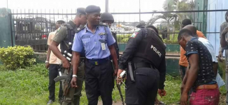 Tension as armed gangs 'go after children' in Jos