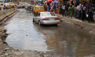 Lagos unveils plans to tackle flooding, potholes
