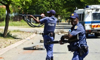 South African policemen 'kill yet another Nigerian'