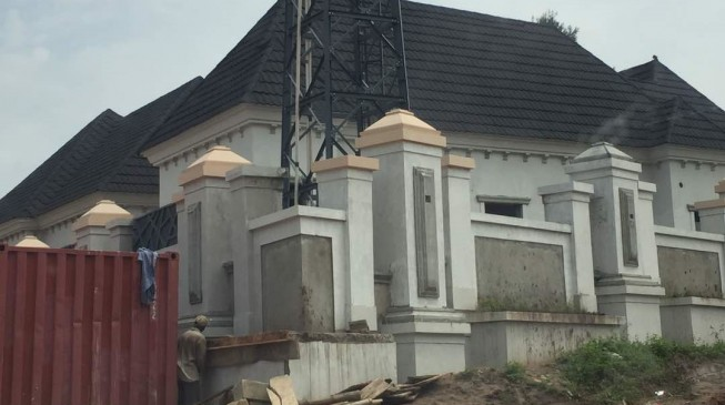 PHOTOS: While owing Kogi workers for months, Bello builds new mansion in Okene