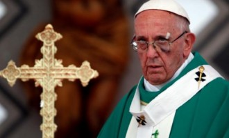 Pope Francis suffers black eye in Colombia