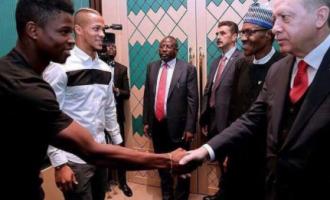 Super Eagles stars meet Buhari, Erdogan in Turkey