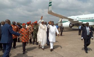 PHOTOS: Governors, traditional rulers receive Buhari at Enugu airport