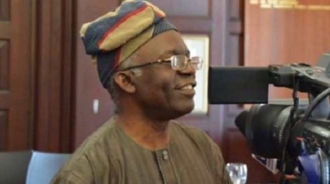 Falana: Senate, house of reps can sit without a mace