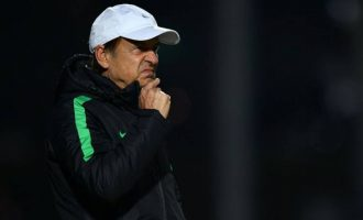 Poland vs Nigeria: Potential starting goalie and a glimpse into Rohr's mind