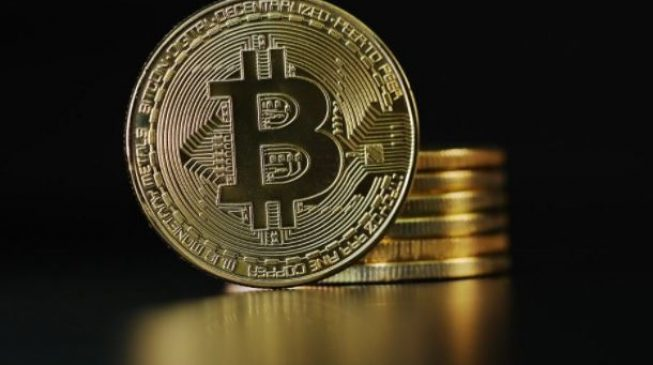 Invest in Bitcoin at your risk, CBN warns