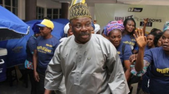 Amosun emerges APC consensus candidate for Ogun central senate race