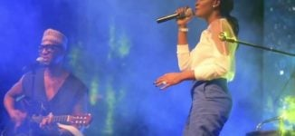 Simi to fans: Quit comparing artistes…we can all shine