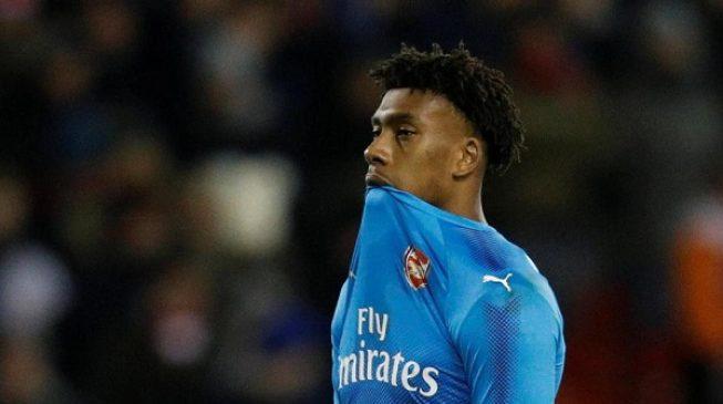 Arsenal reject Everton's £30m bid for Iwobi hours before transfer deadline