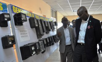 Fashola: The problems of electricity can't be solved by magic