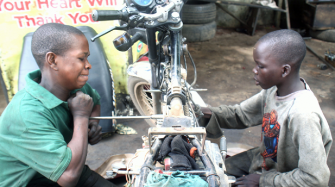 PHOTOS: School children involved in child labour