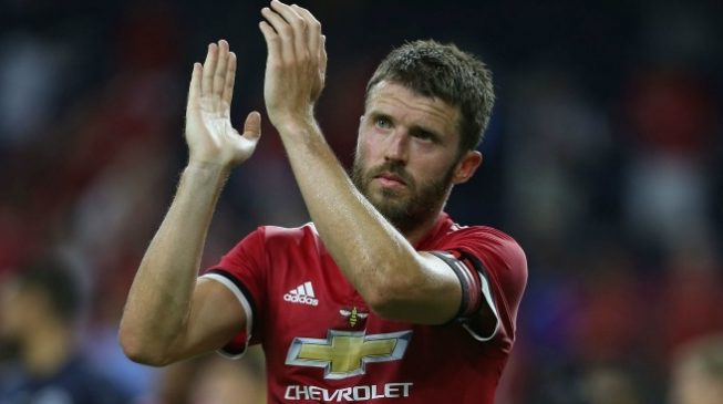 Michael Carrick to retire from football