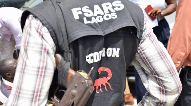 Police arrest SARS operative who 'extorted N5000' from Lagos resident
