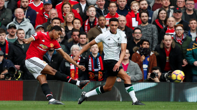 Rashford brace helps United down Liverpool