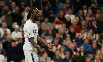 Victor Moses stars in Chelsea win
