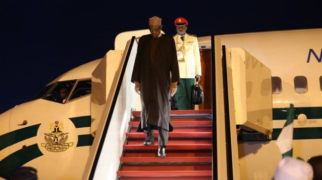 Buhari back in Nigeria after CHOGM 2018