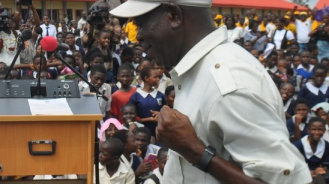 Oshiomhole: Nigerians will have swollen pockets if money diverted under Jonathan is distributed