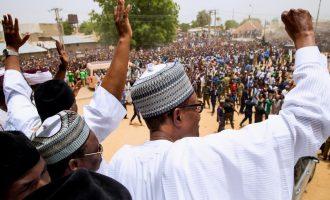 VIDEO: Massive crowd welcomes Buhari to Jigawa