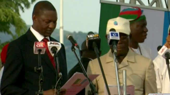 Oshiomhole sworn in as APC national chairman