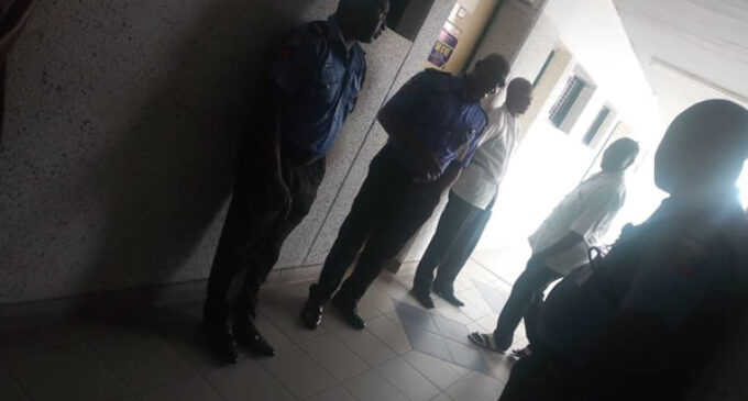 SHAME: Total blackout at police headquarters 'to save diesel for night duty' (photos)