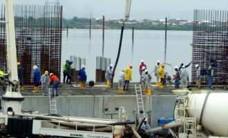 FG awards N206bn contract for 2nd Niger Bridge