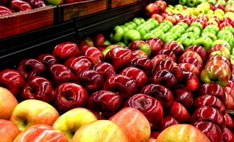 VIDEO: Apples, grapes — nine fruits and vegetables that contain the most pesticides