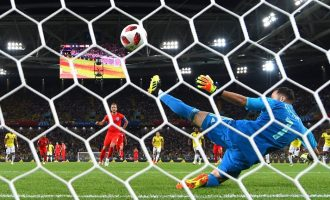 VIDEO: England defeat Colombia on penalties