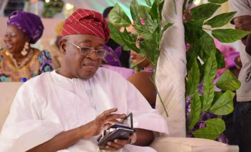 Osun n'assembly caucus disowns senator who accused Oyetola of incompetence