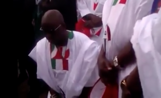 VIDEO: 'I must not be put to shame' – Fayose goes on his knees in prayer