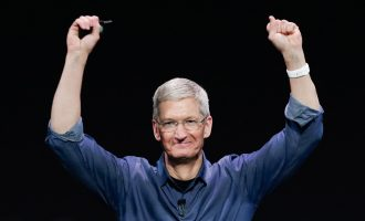 Apple's market value hits $1trn — first US company to attain such height