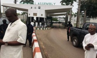 DSS operatives block entrance of national assembly
