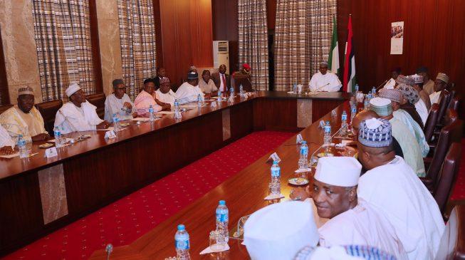 PHOTOS: Buhari holds first meeting with APC senators after Saraki's exit