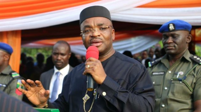 EFCC freezes accounts of Akwa Ibom government