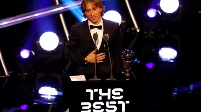 Modric breaks 10-year Messi-Ronaldo duopoly to win FIFA best player award