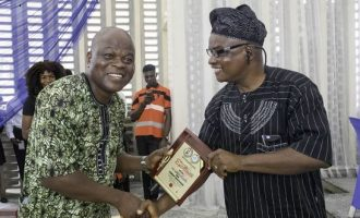 PMParrot publisher honoured with 'worthy ambassador' award in UI