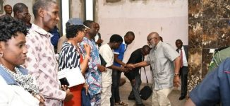 Drama as Akeredolu, labour leaders argue over Paris Club refund