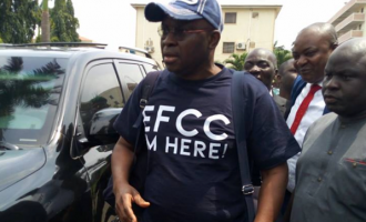 EFCC to move Fayose to Lagos for trial