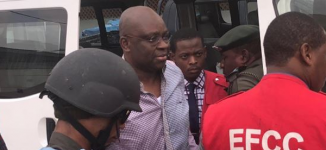 VIDEO: Fayose arrives court for his trial